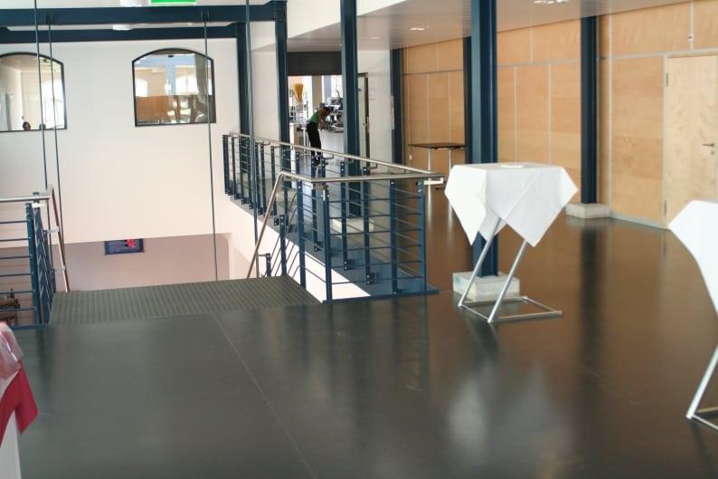 Fußboden Aus Kautschuk ~ Hartbeläge latzer bodenbeläge gmbh